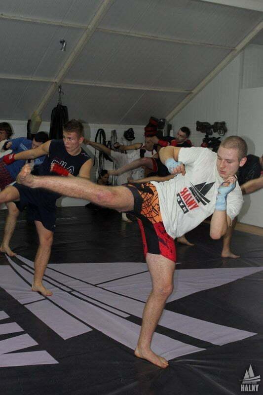 halny-stopnie-szkoleniowe-kickboxing-019