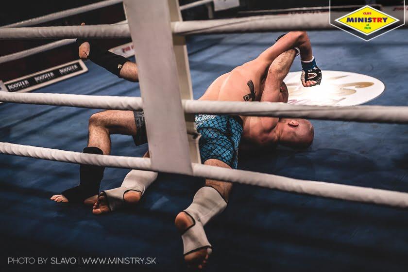 halny_mof1_job_szczepaniak_fight149