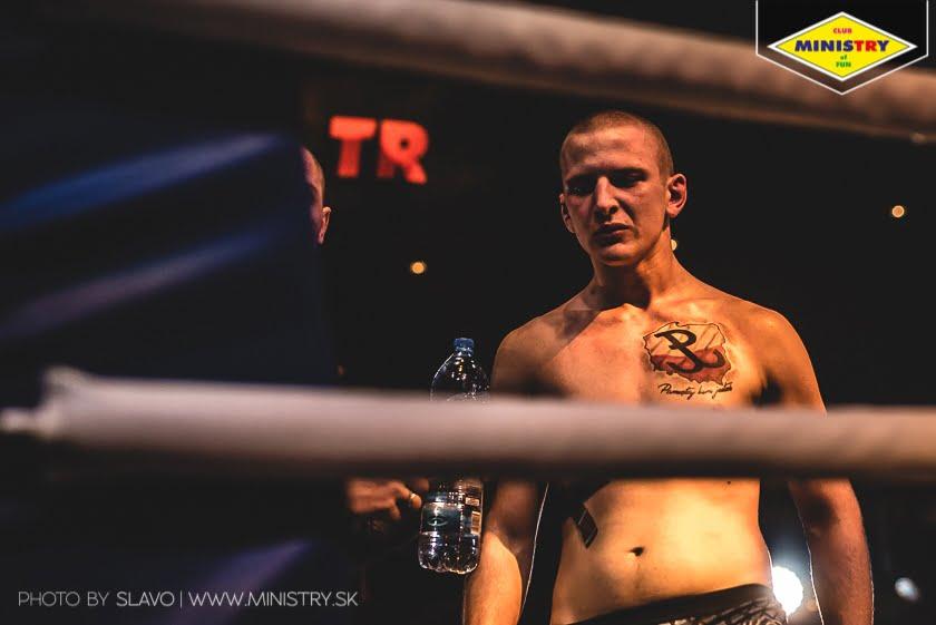 halny_mof1_job_szczepaniak_fight153