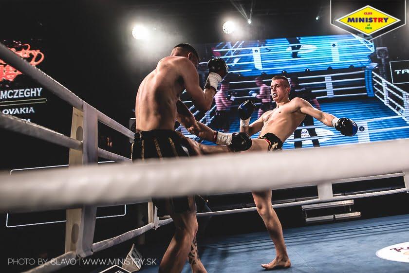 halny_mof1_job_szczepaniak_fight200