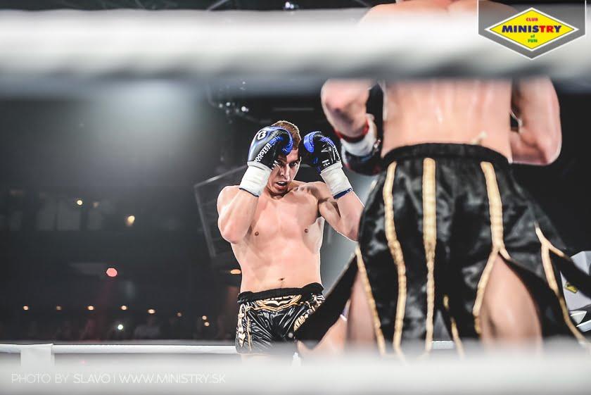 halny_mof1_job_szczepaniak_fight205